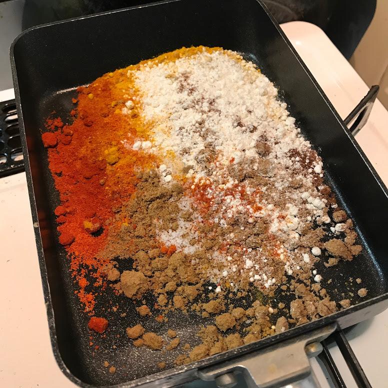 カレー粉を作る