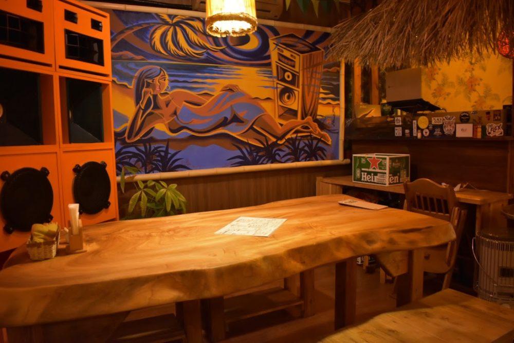 首里にあるレゲエミュージックが心地よい居酒屋「feel good」