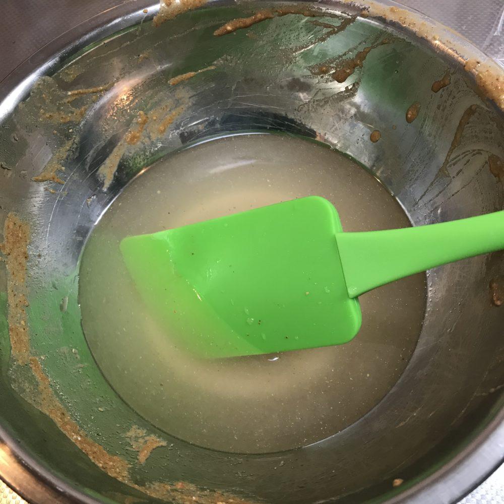 マリネ液を水で溶かす