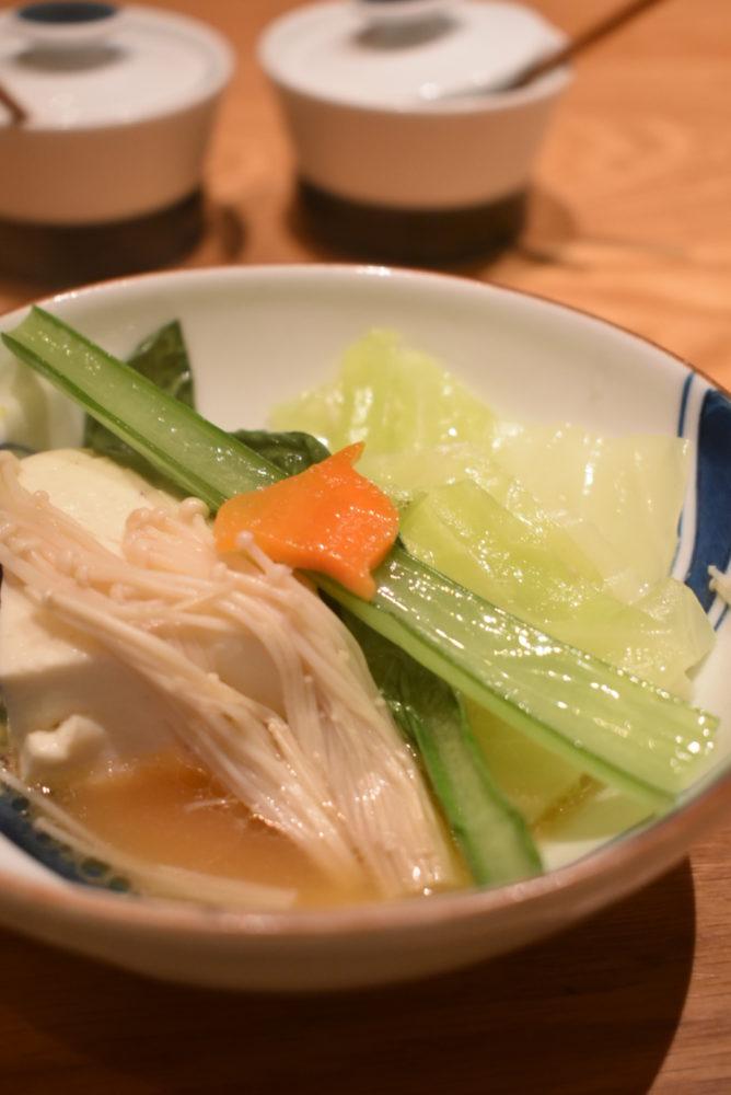 鮮やかな色の野菜が美味しい
