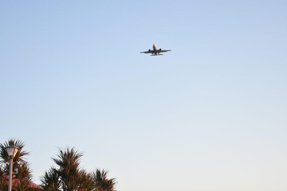 場所的に飛行機もね