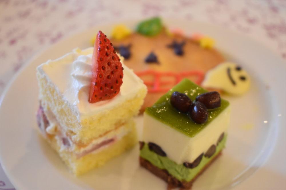 ケーキとクッキー