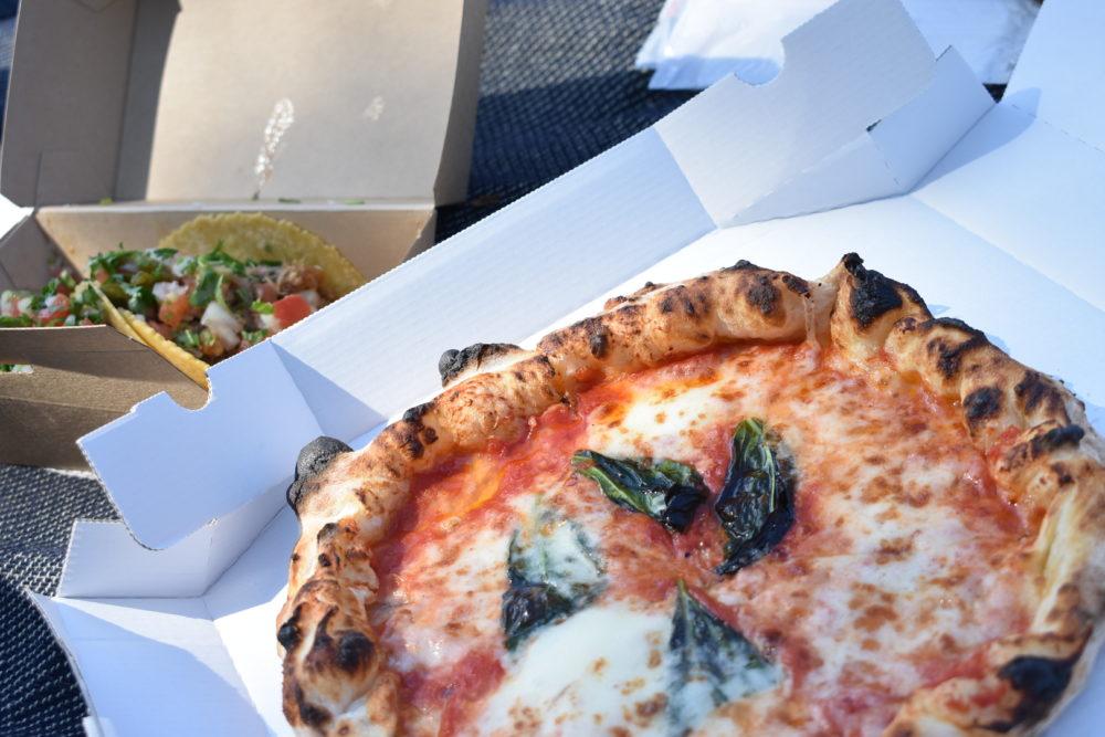 スカルペッターズのピザ