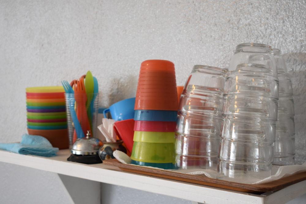 子ども用の食器類