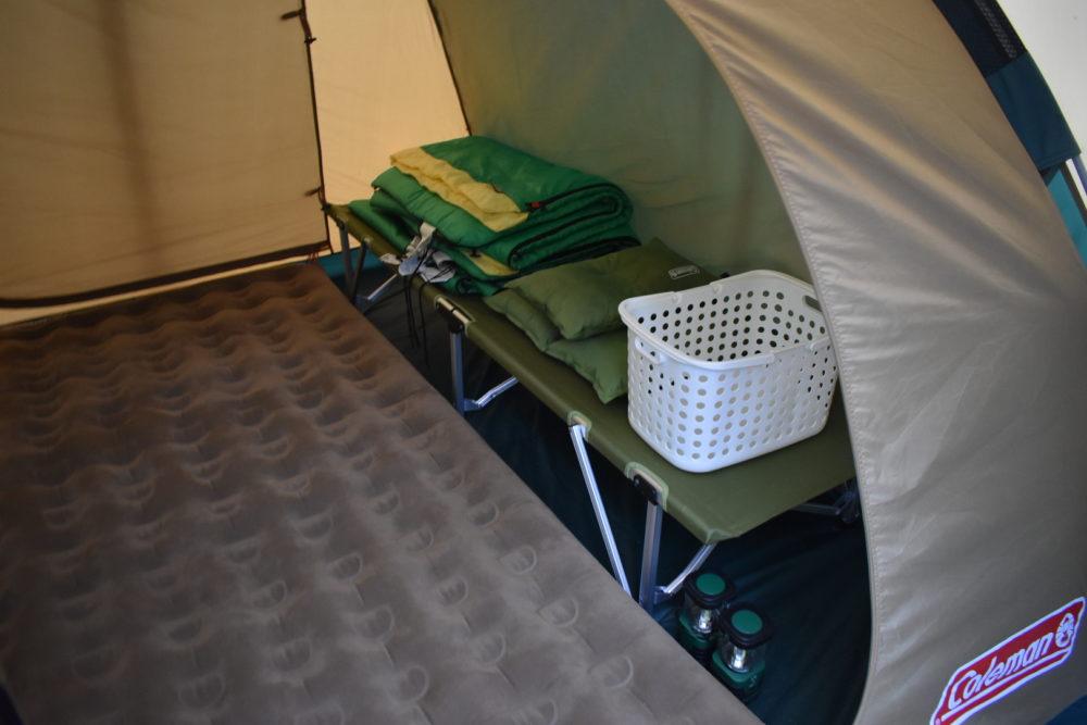 テントのなか