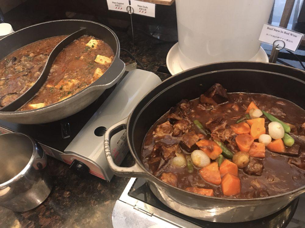 牛バラ煮込みと麻婆豆腐