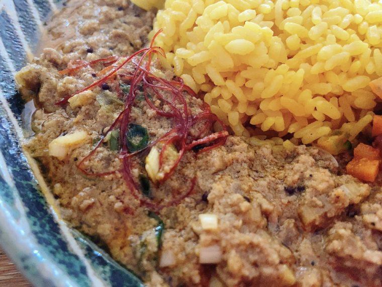 鶏たっぷり葱が香る豚肉の和風キーマカレー