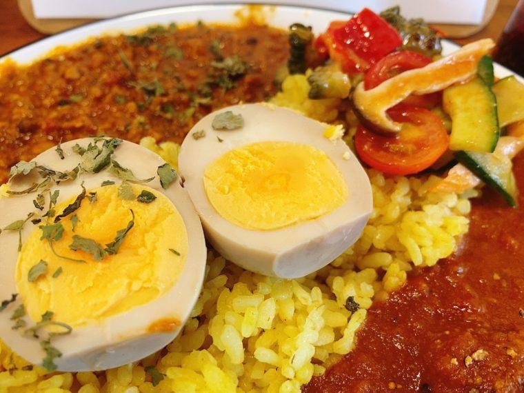 スパイシー煮卵と副菜